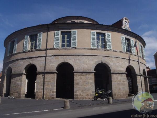 La mairie ronde d'Ambert